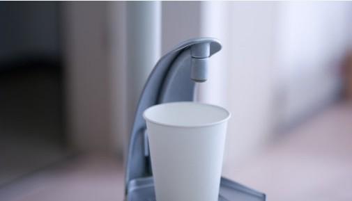 喝水也要选容器 好杯子才健康