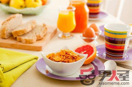 如何正确面对早餐 解析四种错误早餐对人体造成的伤害