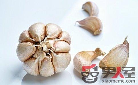 大蒜能促进血液循环 男人养生常吃八大食物