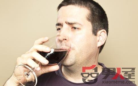 这样喝酒最易的酒精肝 酒精肝有四个典型症状